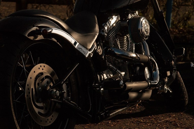 Why Do Motorcycle Importers Help You Keep Your Inventory Fresh?